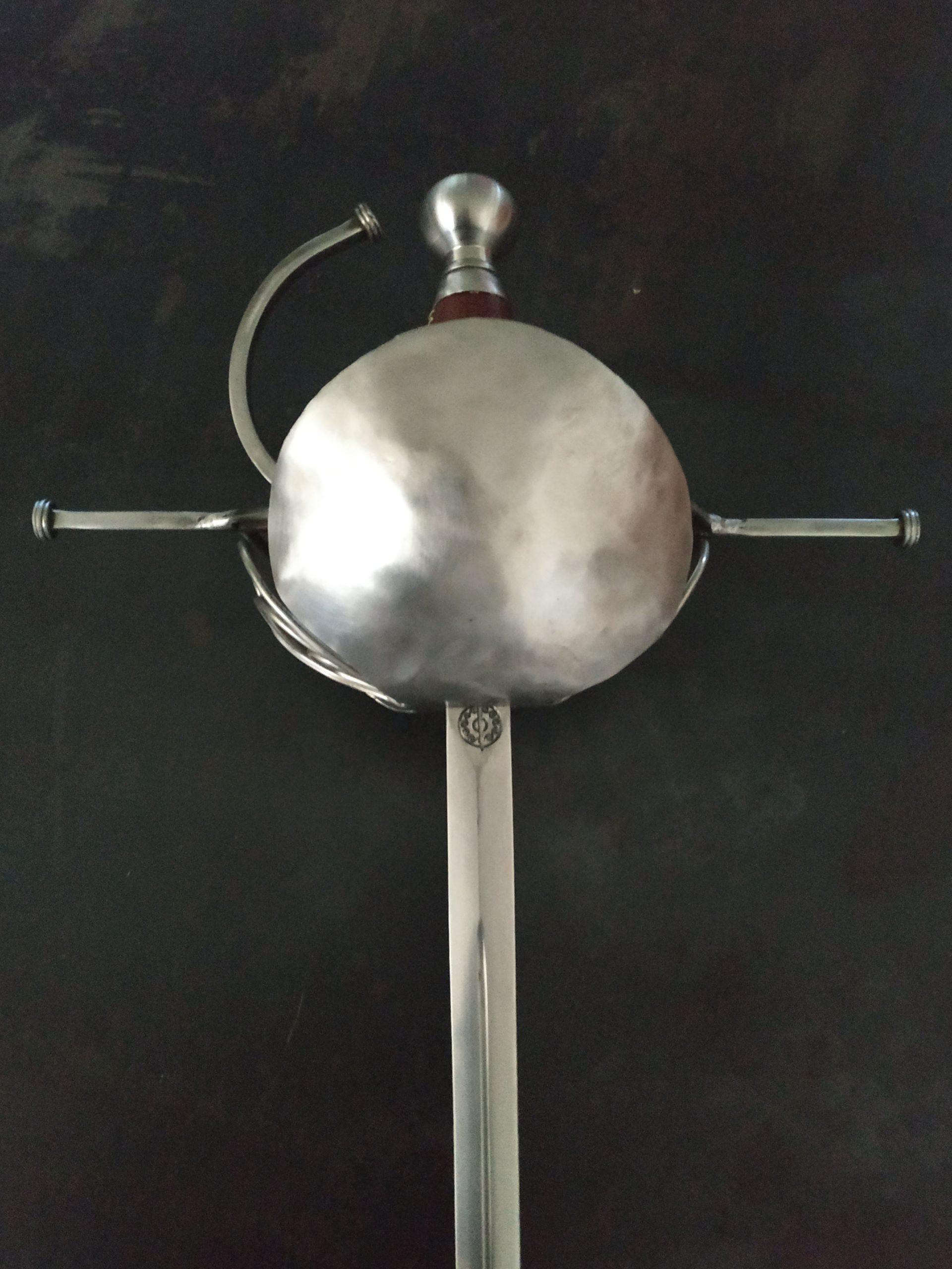 Rapier shell sword from Bellatore. Hilt detail