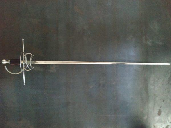 Swepthilt rapier sword by Bellatore.